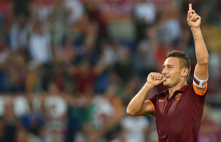 Francesco Totti Roma's captain committed, as Juve target title clincher