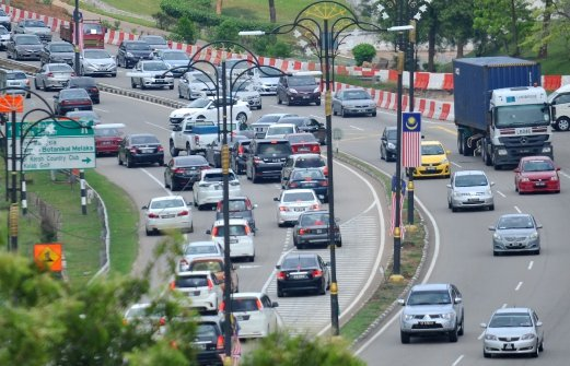 Traffic smooth on several major highways | New Straits ...