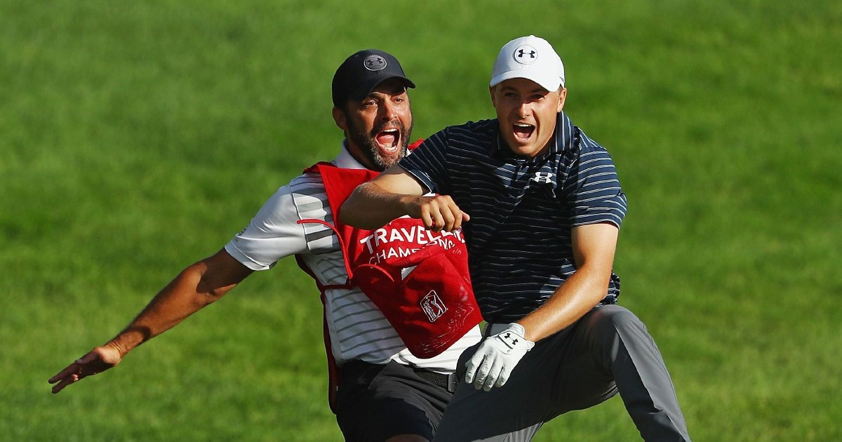 Bunker chip-in brings Spieth his 10th PGA title