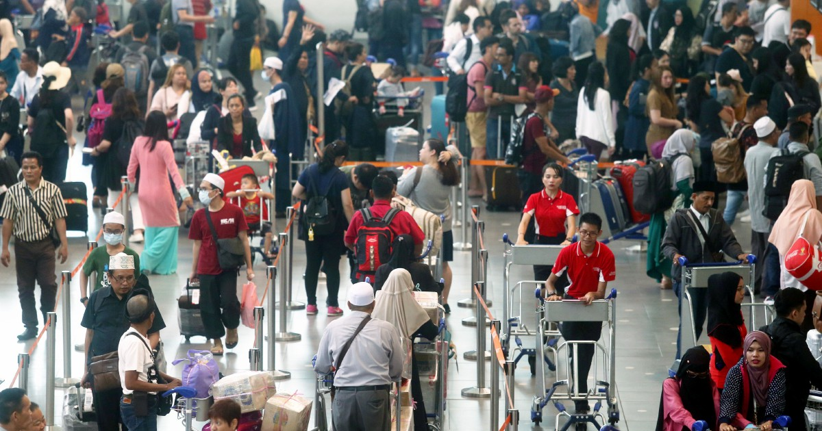 E-hailing drivers exempt from extra waiting charge at klia2