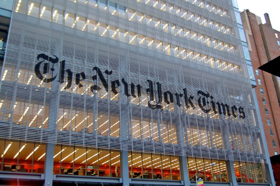 (File pix) The New York Times Co said yesterday gains in paid digital subscriptions and stronger online advertising revenues helped the newspaper swing to profit in the second quarter.