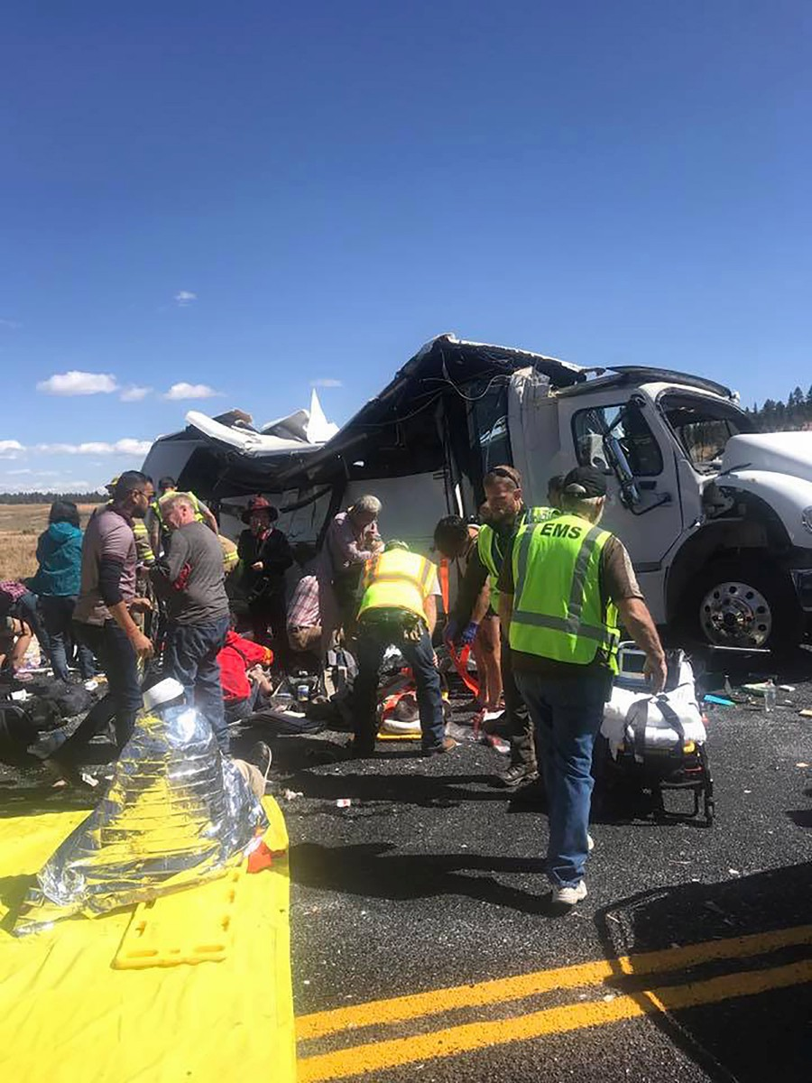 Four Dead After Bus Carrying Chinese Tourists Crashes In Utah