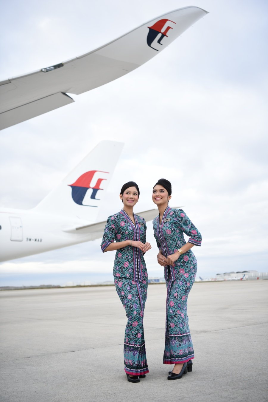 MAS Cabin Crew Prove Their Mettle When The Going Gets Tough