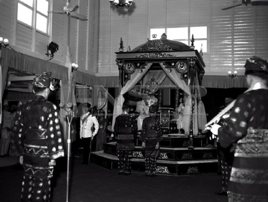 The installation of Sultan Yahya Petra was held on July 18, 1961.