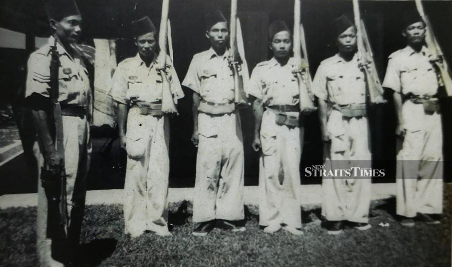 The Malays took up arms in an effort to repel the Japanese invasion.