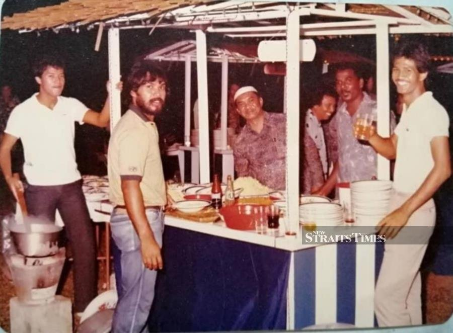 Catering for the Johor palace. This picture was taken circa 1970s.
