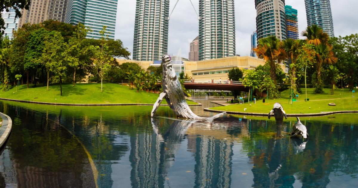 Explore the public art scene in Kuala Lumpur!