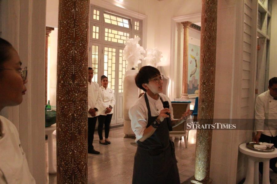 Chef Mandy Goh at Kayuputi.