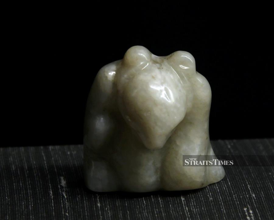 This jade carving from around 2,000 years ago embodies the spirit of the bear rather than the panda.