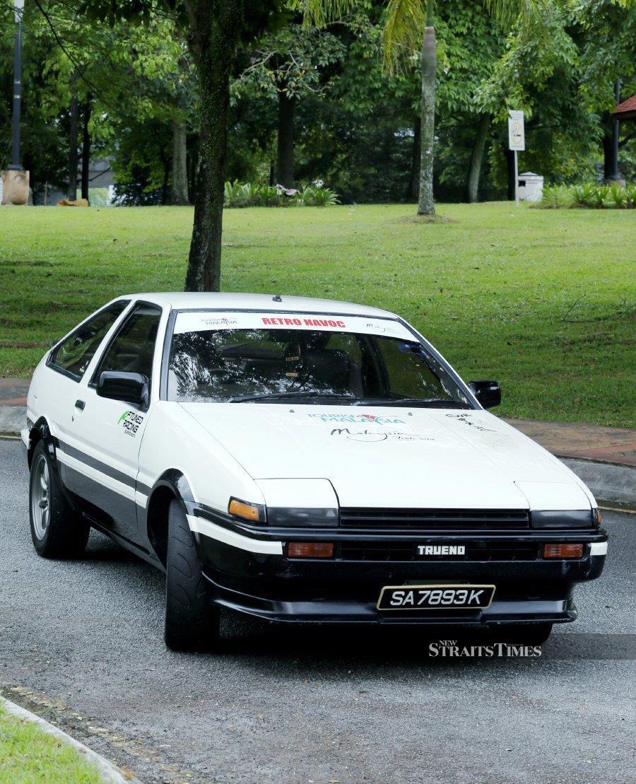 The Toyota Corolla Ae86 Sprinter Trueno is a drifting legend.