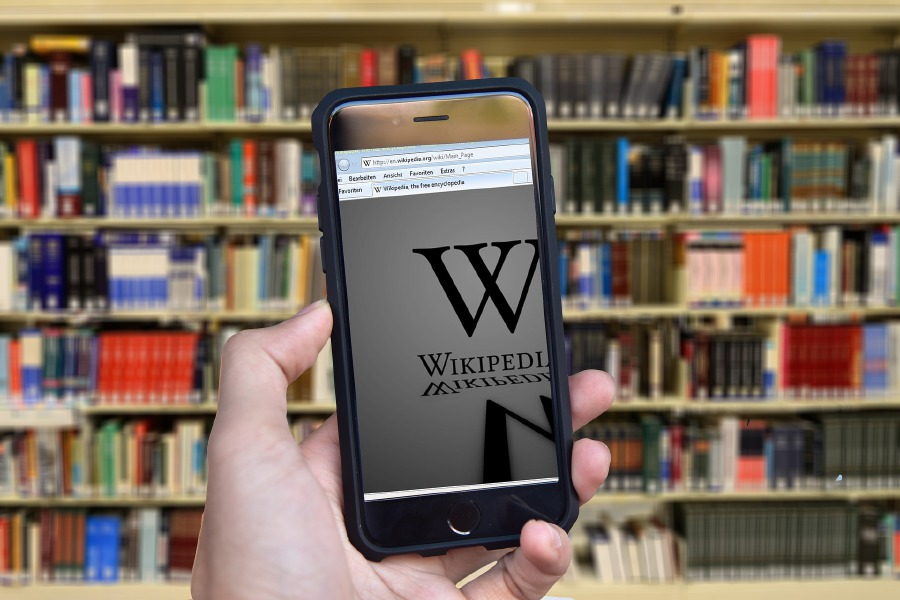 Wikipedia offline after 'malicious' attack | New Straits