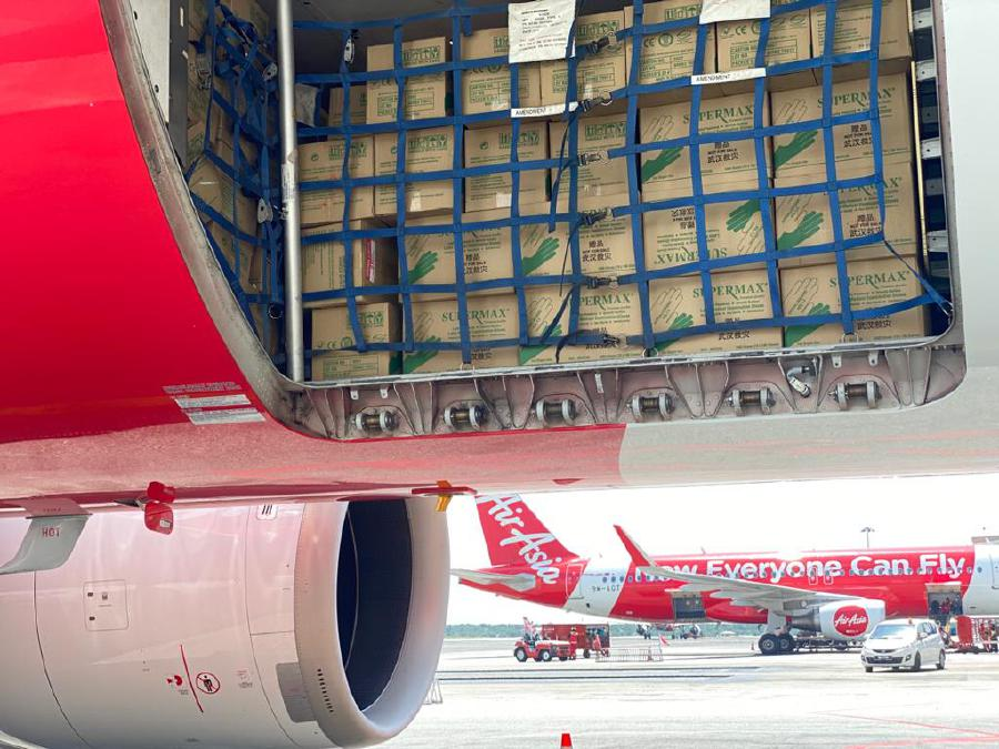 Essential items are brought to the Air Disaster Centre (ADU) at Kuala Lumpur International Airport. - Courtesy of NADMA
