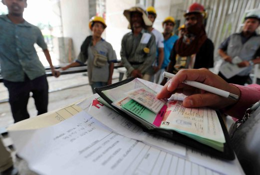 Immigration: Eight cases of fake documents found in expat work