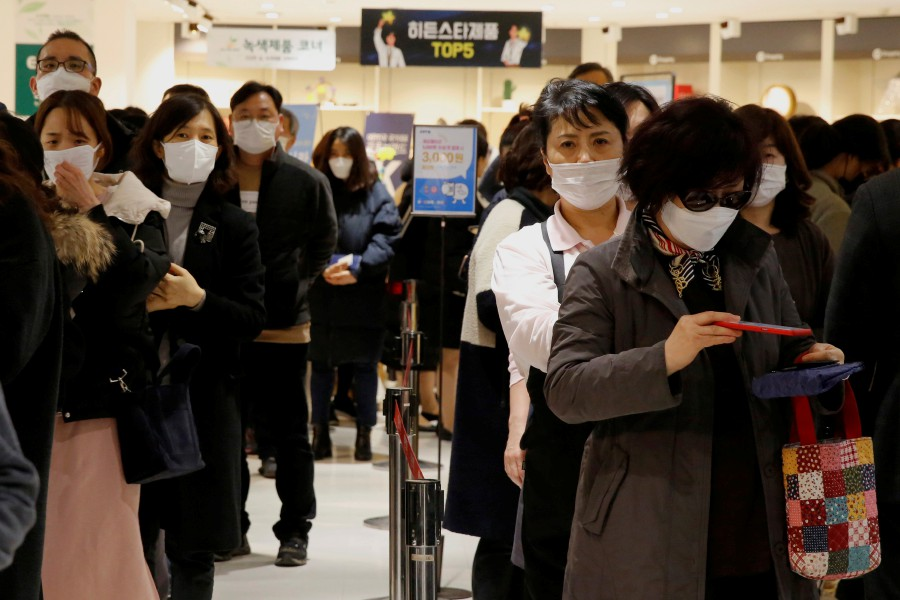 China to provide aid to South Korea, Iran as coronavirus spreads overseas